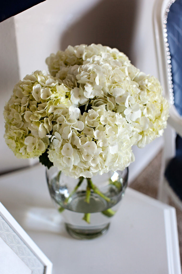 Brighten a Room with Flowers