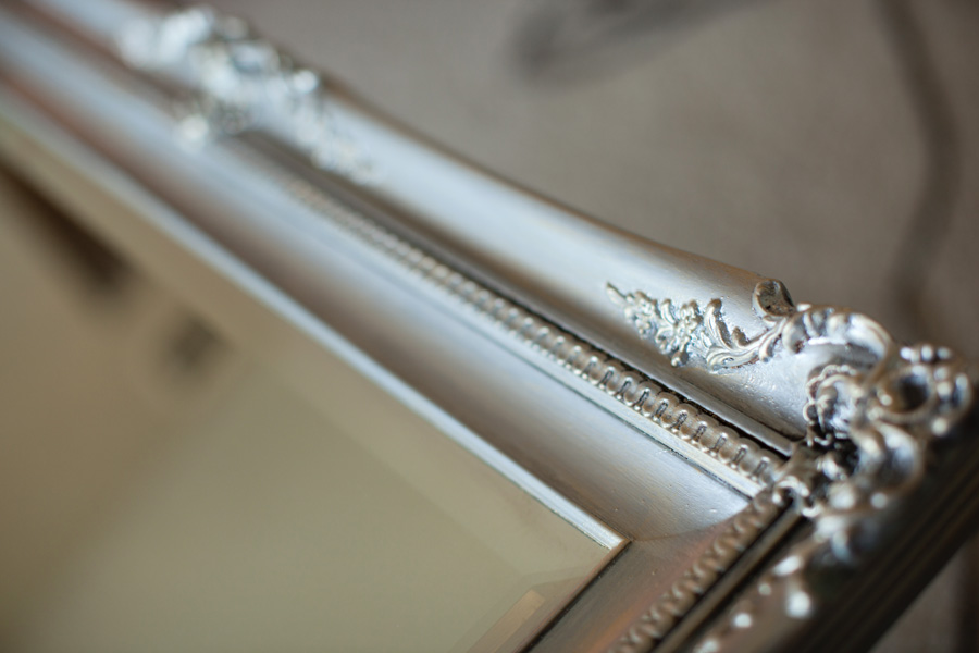 Diy Mirror Makeover Faux Finishing With Metallic Paints Polished Silver  Paint Color