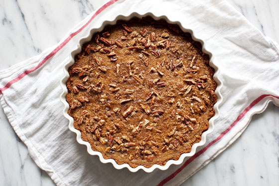 Butternut Squash Pie with Pecan Streusel and Speculoos Cookie Crust. Full Recipe!