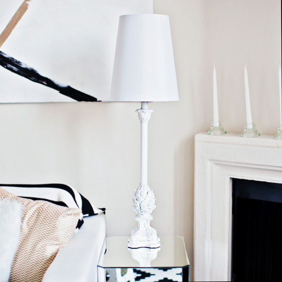 DIY Lamp Makeover - Spray paint makes a huge difference!