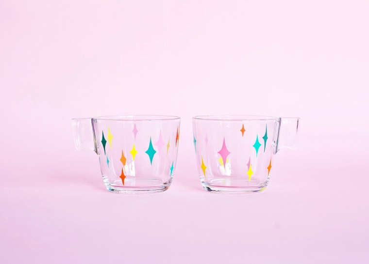 DIY MidCentury Painted Glass Mugs