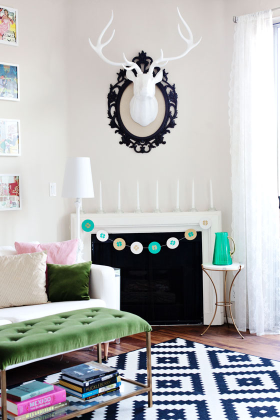 DIY St Patricks Day Shamrock Garland