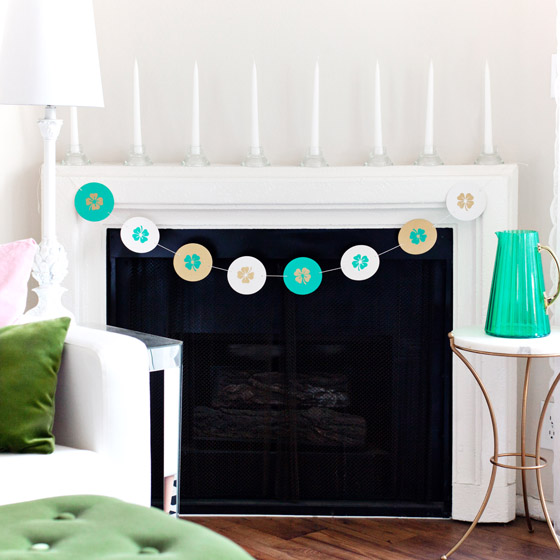 DIY St Patricks Day Shamrock Garland #12MonthsofMartha