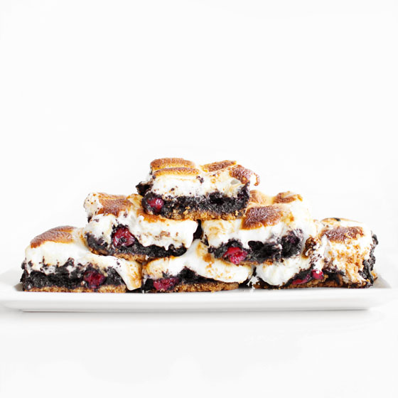 Boozy Cherry S'mores Brownie Bars – Melodrama