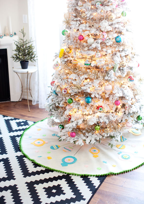 DIY Felt Christmas Tree Skirt 7