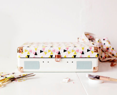 Fabric Decoupaged Portable Record Player #fearnomess
