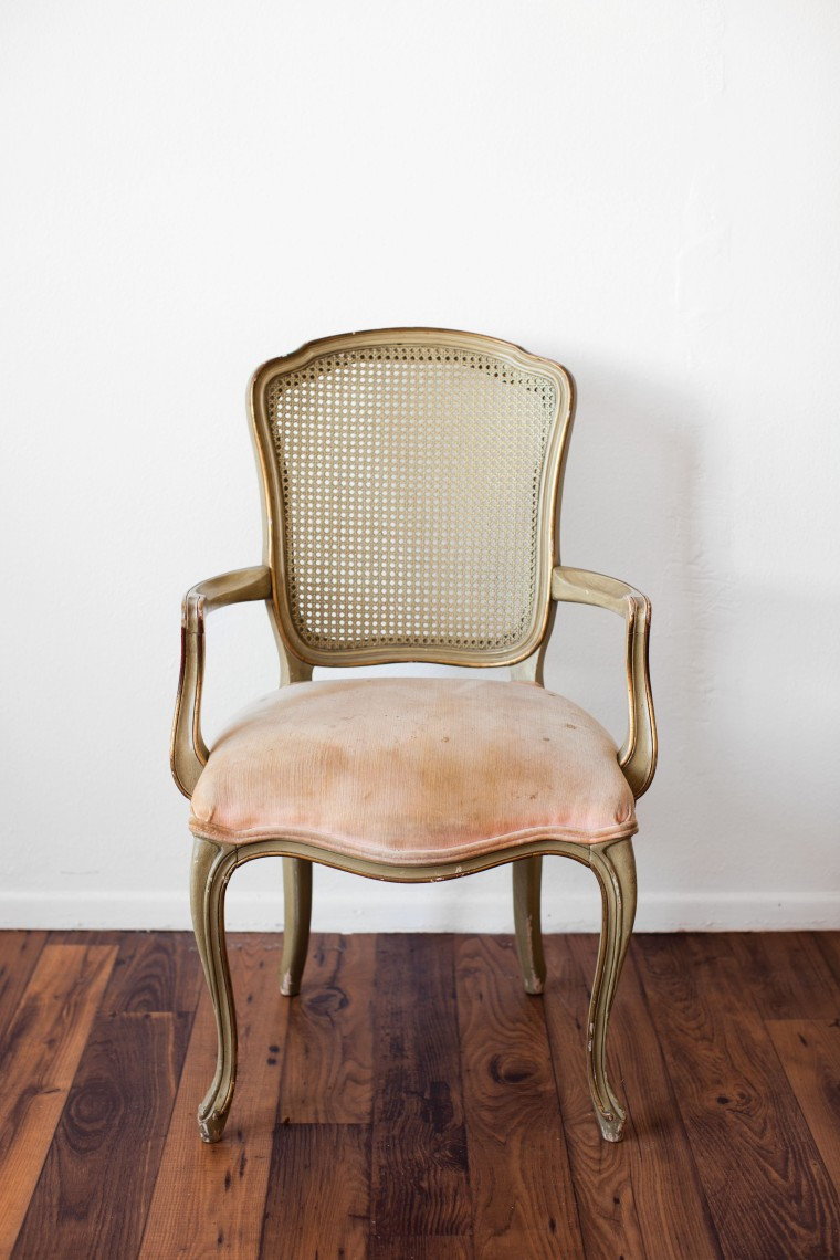 Vintage Bergere Chair Makeover with Chalk Paint®