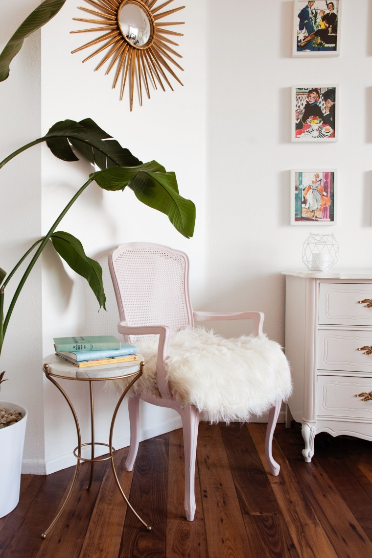Vintage Bergere Chair Makeover Using Chalk Paint®