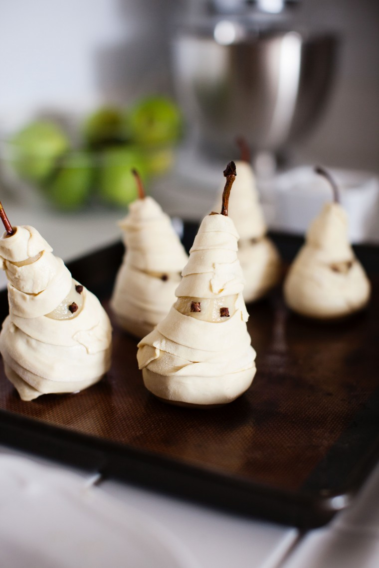 poached-pear-mummy-pies-3