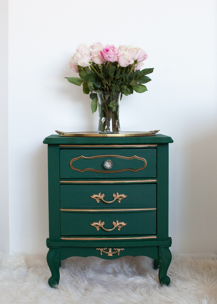 Table Makeover with Chalk Paint® by Annie Sloan (6).jpg