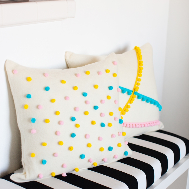 DIY Felt Pom Pom Pillows (4).jpg