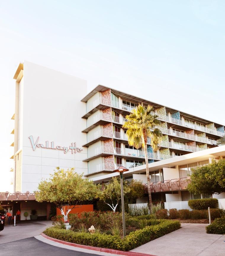 Hotel Valley Ho Scottsdale AZ (1).jpg