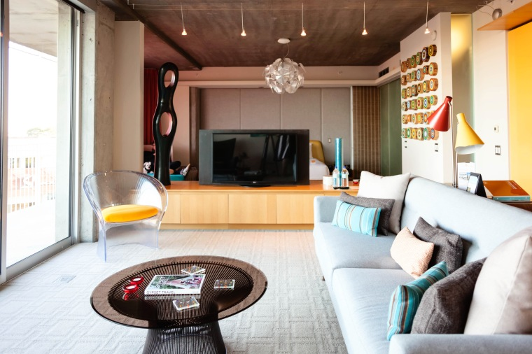 Scottsdale's Hotel Valley Ho King Suite (5)