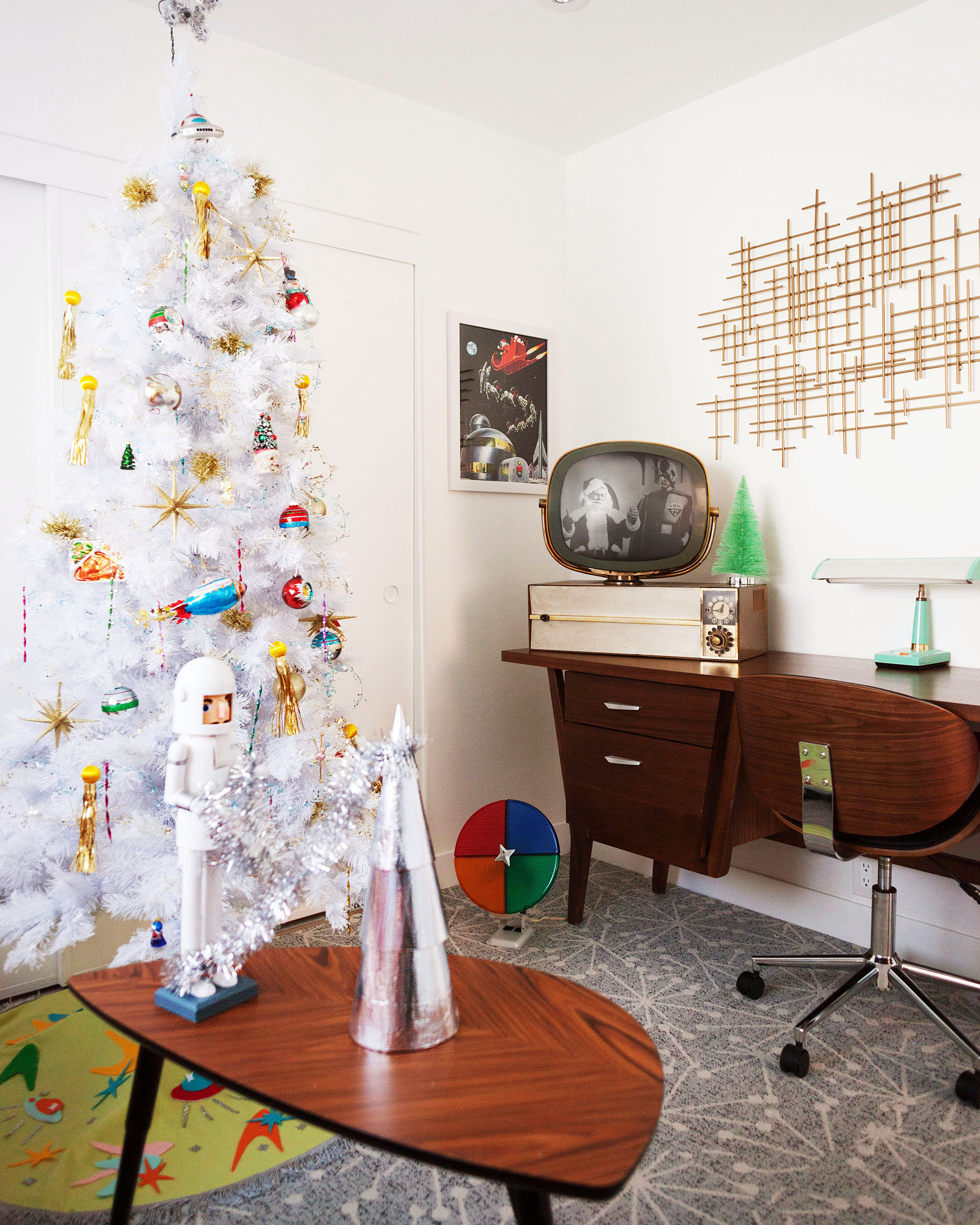 Retro Space Age Christmas decor