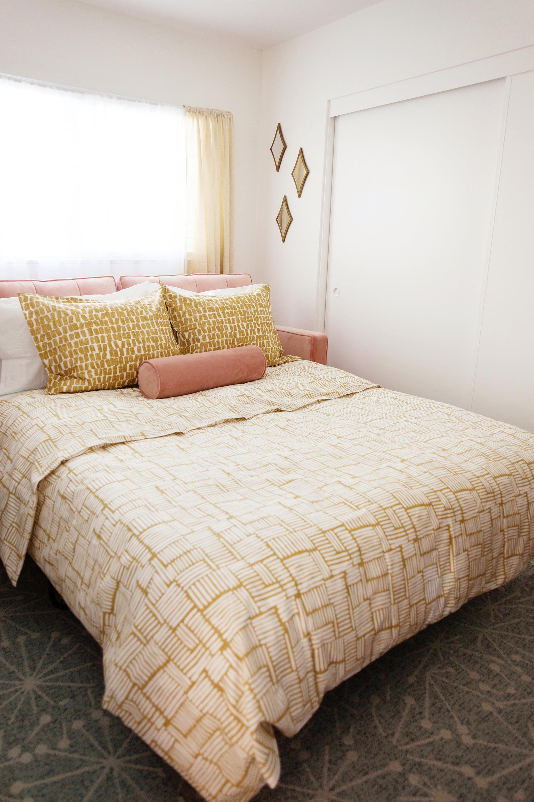 Retro style Sofa Bed-